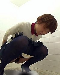 Pissing videos and galleries -  Potty Break
